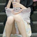 お子様連れの新妻が油断して下着がみえてる画像で、特にエロいの集めました[15枚]
