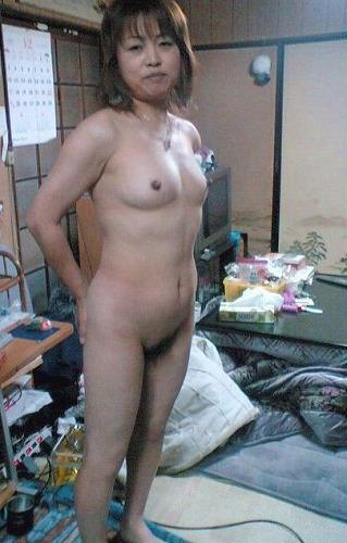 アラフォーの熟女が淫乱な姿になった画像がマジエロ過ぎ[15枚]