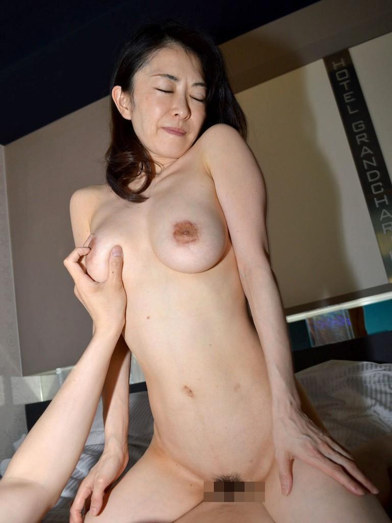 美魔女 50代裸 エロ画像jp