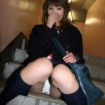エロいカラダした女子●生が制服姿でHな事してる画像、一見の価値あり[34枚]