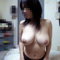 Eカップ巨乳のお姉さんが淫乱な姿になった画像がアツい![47枚]