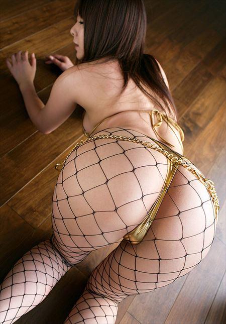 美脚のギャルが網タイツでエッチに没頭しちゃってる画像、一見の価値あり[37枚]