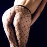 フェチ心煽る美脚の網タイツ美人がエロい美脚を見せてくれる画像集めてみた[37枚]