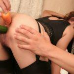 結構可愛い美人さんが野菜でアヘアヘ喘いでる画像をご覧ください[35枚]