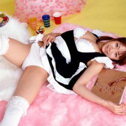 ツルツルマンコの美少女がオトナの悪戯してくれる画像のエロさは尋常じゃない[32枚]