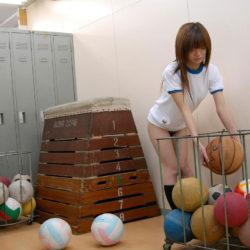 ムッちりとした運動部娘がエロいサービスしてる画像のエロさは尋常じゃない[28枚]