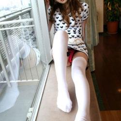 いい感じの美少女がニーソでめっちゃエロくなってる画像がマジエロ過ぎ[40枚]