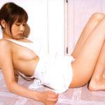 お姉さんが裸エプロン姿でHなサービスしてくれる画像がたまらんエロさ[35枚]