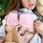 色っぽい美女が乳首にエッチな悪戯されてる画像まとめ[30枚]