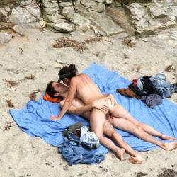 外国人が海で誘ってくる画像、一番エロいのはコレ[31枚]